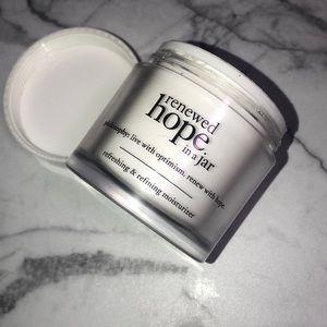 Philosophy renewed hope in a jar cream